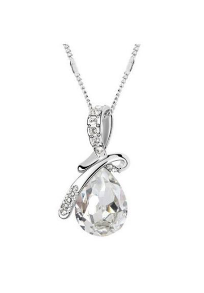 Collier pendentif crystal