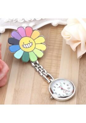 Montre Infirmière Clip Fleur Joyeuse