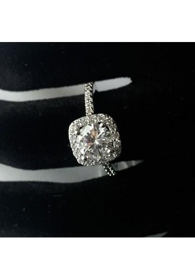 """Bague """"Diamant orné de Strass"""""""